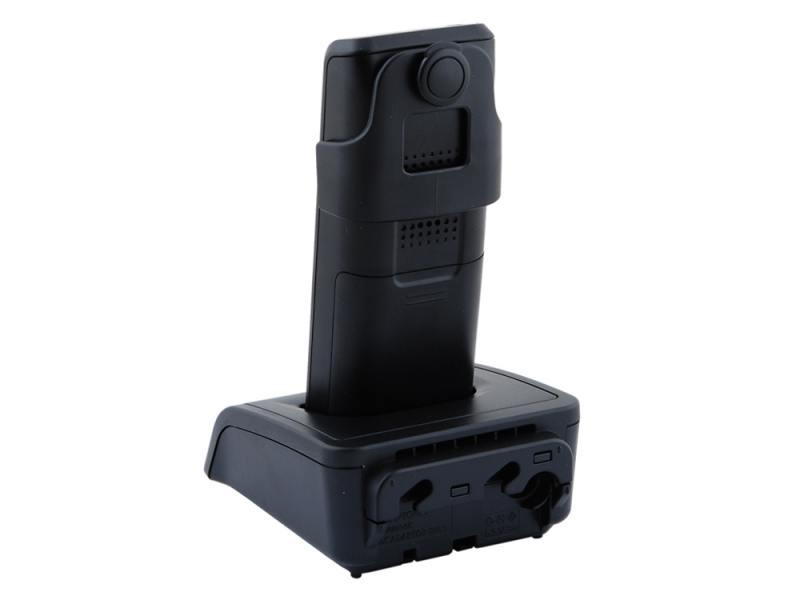 DECT. черный, белый.  Цветной графический ЖК-дисплей с подсветкой и с поддержкой кириллицы.  База с проводной трубкой.